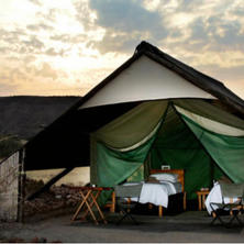 Etendeka Mountain Camp. Photo: Etendeka Mountain Camp